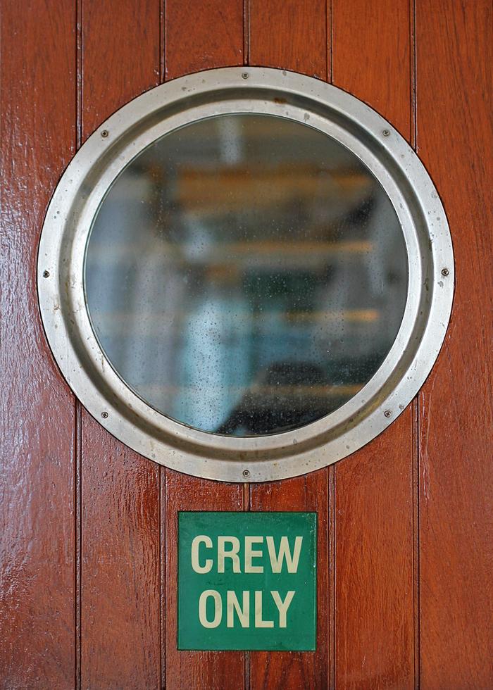 cruise - window
