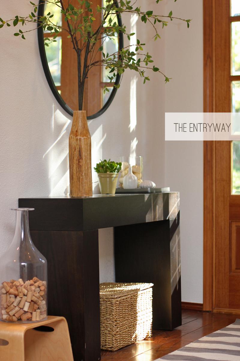 entry way / foyer